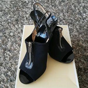 MICHAEL Michael Kors Zip Front Booties/Heels 8.5M